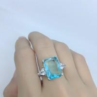 Cincin Lapis Emas Putih Batu Biru Muda Kotak Persegi Besar