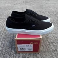 844ce7b7d3461d Sepatu vans authentic mono black white premiun BNIB