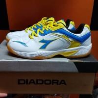 Sepatu Badminton Diadora Original