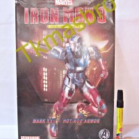 Iron Man 3 Mark XXII Hot Rod Armor Model Kit Dragon