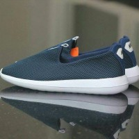 Daftar Harga Sepatu Couple Termurah Nike Terbaru 2019 Cek Murahnya ... 0a04449a35