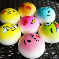 Medium coloured emoticon soft bun squishy