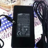 ac dc adaptor/power supply (Samsung) input ac 220volt output dc 12v 3A