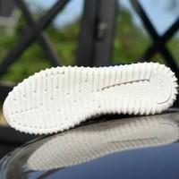 Sepatu Adidas Yeezy Boost Women - Biru Navy - YZ 09