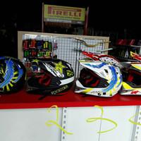 helm cross anak / motocross lokal
