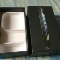 Dus HP Apple iPhone 5 64GB Hitam Ex Resmi MTS Masih Mulus Bagus