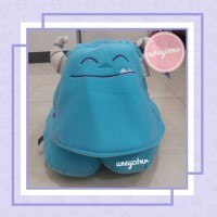 SULLEY BANTAL LEHER MONSTER INC HOODIE NECK PILLOW DISNEY IMPORT CUTE