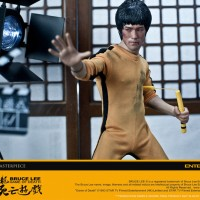 (Sale) ENTERBAY BRUCE LEE GAME OF DEATH
