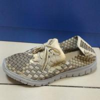 Sepatu Anyam / Sepatu Rajut Kets Tali Lulia VS67