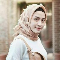 Jilbab Segi Empat Linen Ruby_Rubiah Square
