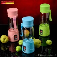 Blender rechargeacle shake and take chas + powerbank usb cable juice