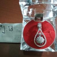 Harga liontin berlian eropa murah emas | Pembandingharga.com