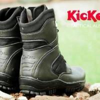 SALE MURAH Sepatu pria boots tracking militer safety ujung plat besi