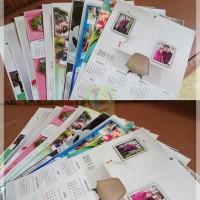 Cetak Kalender 50 x 70 cm Art Carton 210 Gsm & Klip Seng
