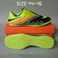 sepatu futsal size 44 45 46
