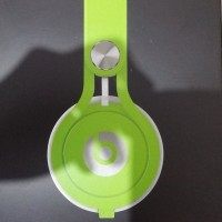 Beats MIXR Headphone - Green Neon Limited Edition (OEM A++)