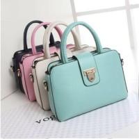 tas wanita import batam branded murah bisa grosir,tangan pertama
