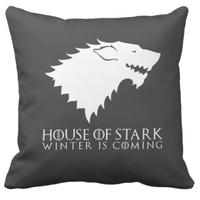 Bantal Kotak Game of Thrones: House Stark (Hitam-Putih)