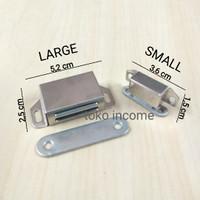 Magnet Kotak Pintu Lemari Small / Door Stoper Stainless Steel