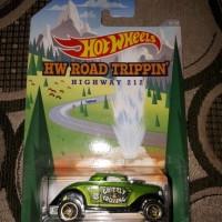 Hotwheels Neet Streeter Hot Wheels HW Road Trippin Grizzly Crossing