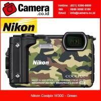 Nikon Coolpix W300 - Green 4K Video - Kamera Underwater