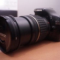 Kamera DSLR Canon 550D + Lensa Tamron 17-50mm f/2.8 + Flash YN560 iii