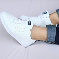 Sepatu Adidas Neo Advantage Women Full Putih White Grade Original KW