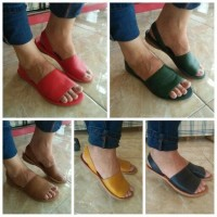 Sandal / Sendal Wanita Kulit Asli / Flat Teplek Nunung Tali Belakang