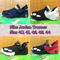 Nike Air Jordan Putih Hitam Unisex (Sepatu Basket,Sneakers)