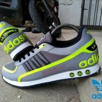 Adidas La traine II impor vietnam / sepatu adidas la trainer II man