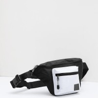 Tas selempang - Men Double D Waistpack Black Berrybenka Label