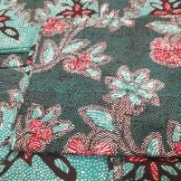 Kain Batik Santiu Madura Warna Dominan Hijau