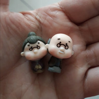 Miniatur kakek nenek (sepasang)