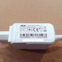 ADAPTOR Laptop ASUS EEPC Series 19V 1.58A Colokan Kecil