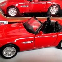cuci gudang Bmw Z8 Roadster diecast Motormax skala 1:43