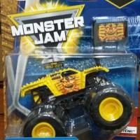 Hot Wheels MONSTER JAM MAX-D Maximum Destruction Diecast Pickup Truck