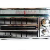 RADIO JADUL MERK INTERNATIONAL/RADIO PORTABLE AC/DC