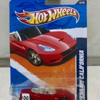 HOT WHEELS / HOTWHEELS- FERRARI CALIFORNIA RED