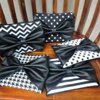 Tuxedo ChiBi | Sling Bag Pita | Clutch | Pouch