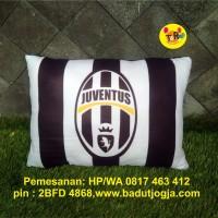 Bantal Klub Sepak Bola Juventus - Italia - size 30 x 40 cm