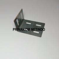Hanger 9045B Pengantung Frame Outdoor Running Text Videotron LED
