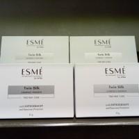 ESME Twin Silk Compact Powder with Anti Oxidant