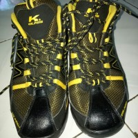 sepatu gunung kolping
