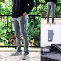 Celana Panjang Uniqlo Slim-fit Chino pants Grey stretch