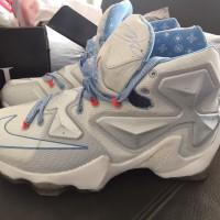 030657c9f2a Sepatu Basket Nike Lebron 13 High Christmas
