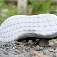 Sepatu Sport Adidas Duramo Lite Running Pria Hitam Putih - DR 01
