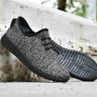 Sepatu Sport Casual Adidas Yeezy Coklat Hitam - Sneakers Pria