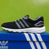 EKSKLUSIF Sepatu Sport Running Adidas Adinova Istimewa