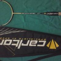 Raket Badminton Carlton Airblade 35 Laris