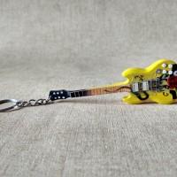 Gantungan Kunci Gitar Gibson SG Yellow Smoking Gun Slash GNR Signature